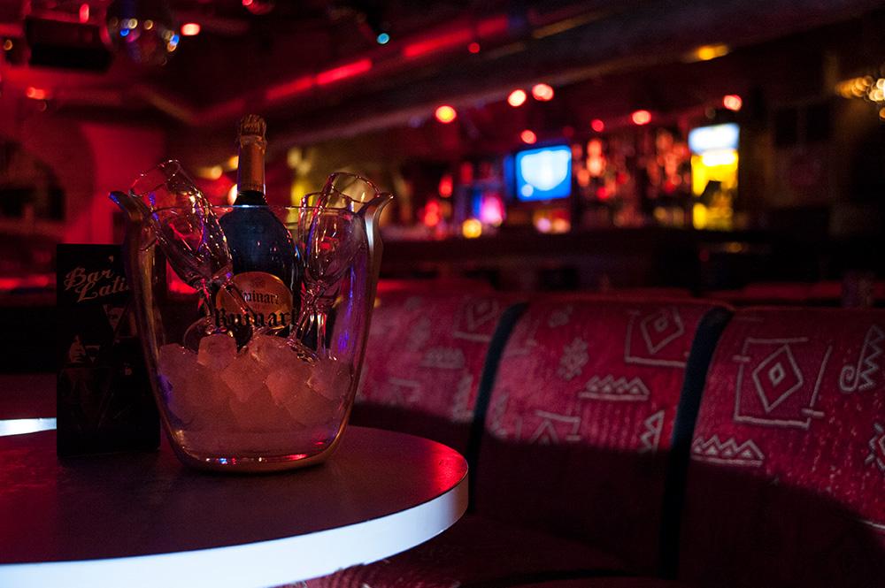 cour des loges bar